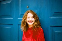 Maisie Peters 19.11.2019